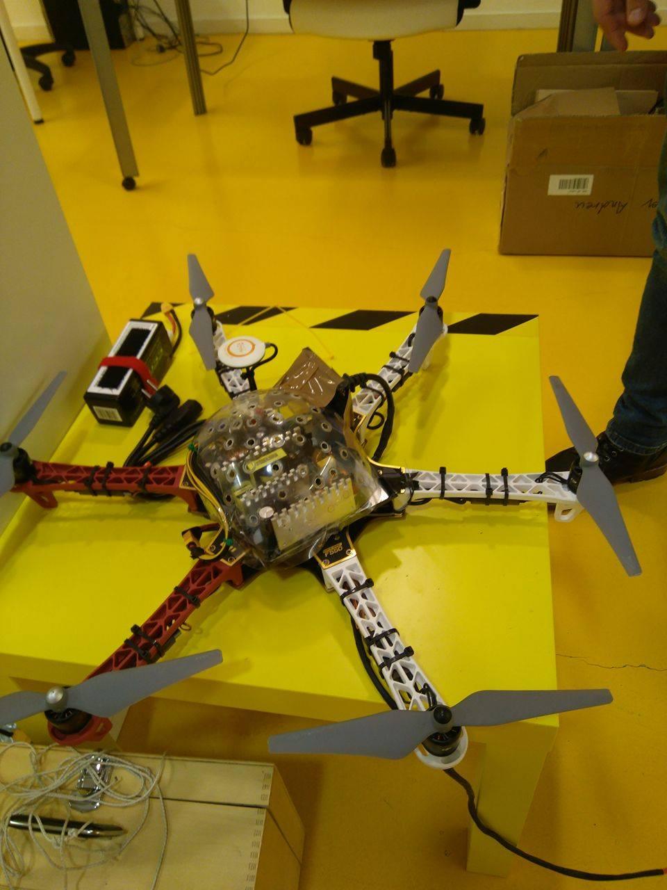 Dron cautivo con autonomía infinita