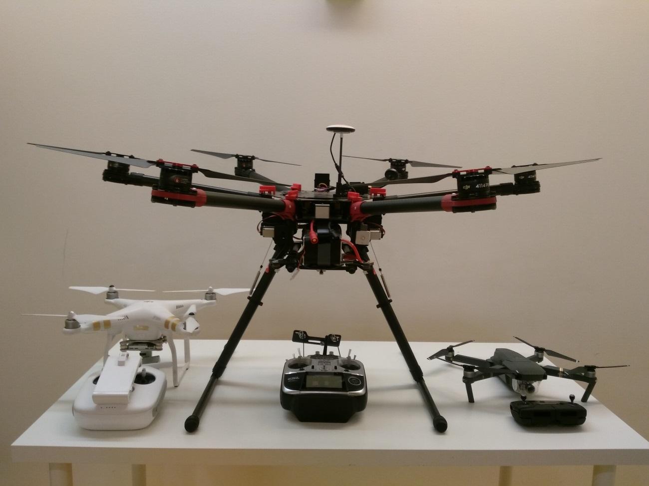 alquiler de drones: phantom3, dji s900, mavic
